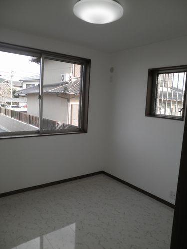 1階洋室3.jpg