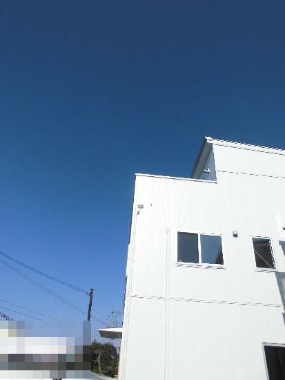 3階建て外観.jpg