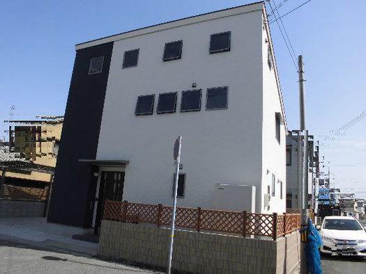 ソーラー発電の家.jpg