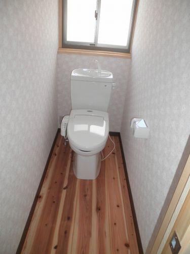 福崎の注文住宅 2階トイレ.jpg